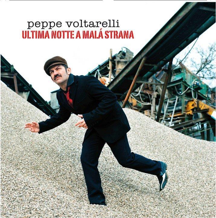Le notti a Malá Strana di Peppe Voltarelli