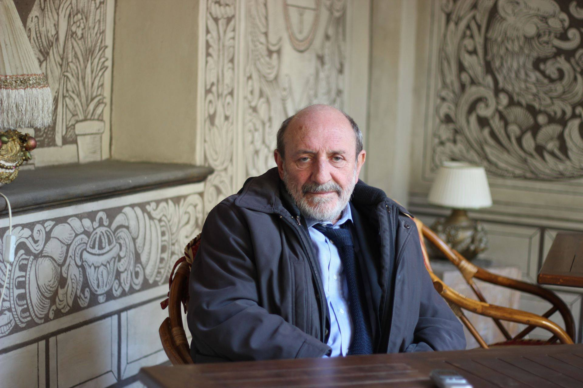"""Znepokojivý host""  Rozhovor s italským filosofem a esejistou Umbertem Galimbertim"